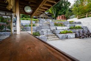 Buckhorn Sand and Gravel Custom Landscaping and Rock Work (10)